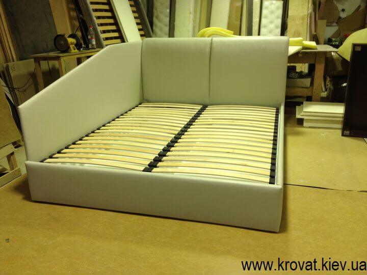 ліжко з двома спинками