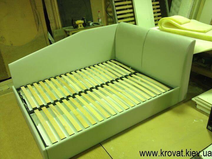 кровать с двумя спинками на заказ