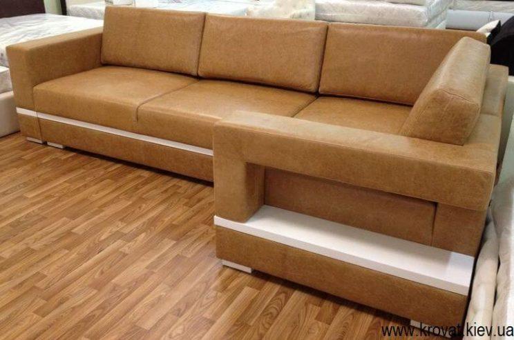 диван в шкірі