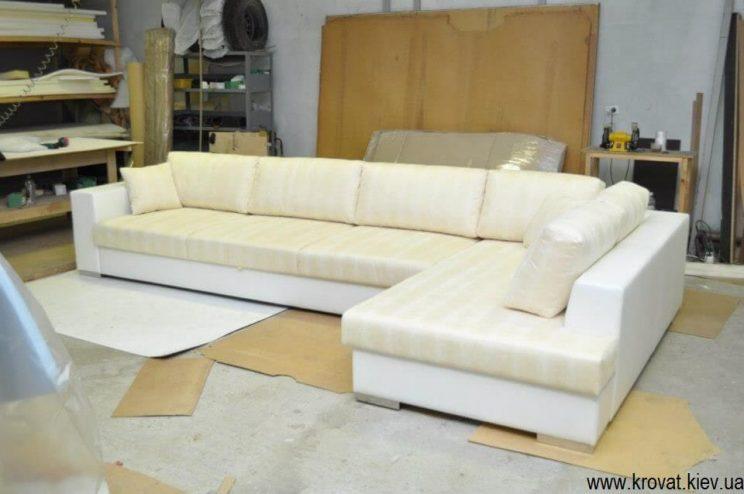 білий кутовий диван