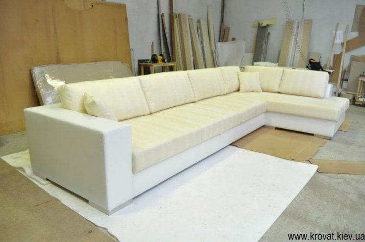 белый угловой диван в коже