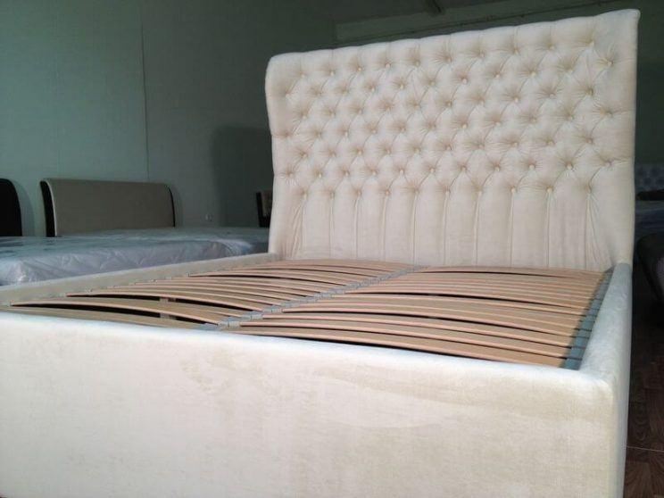 кровать со съемным чехлом