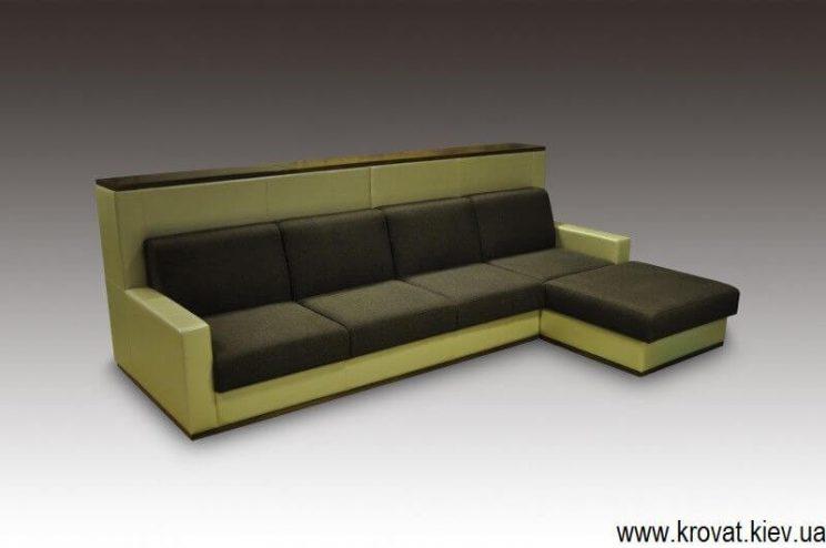 Кутовий диван з високою спинкою