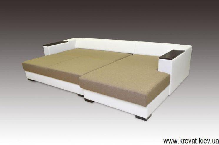 Угловой диван в современном стиле