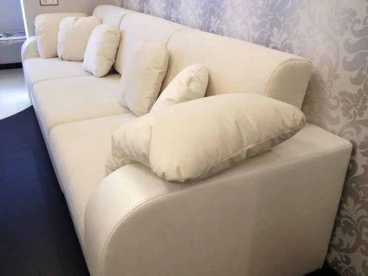 диван в гостиную
