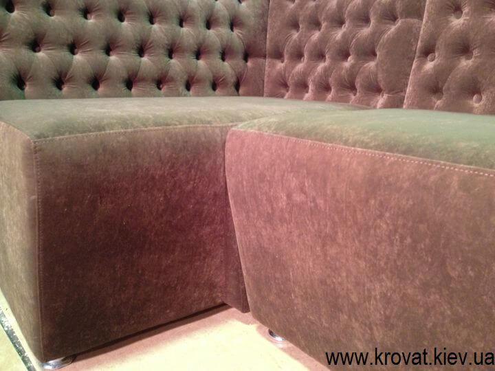 диван в ресторан с каретной стяжкой