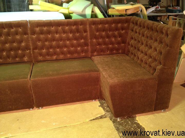 виробництво диванів для кафе