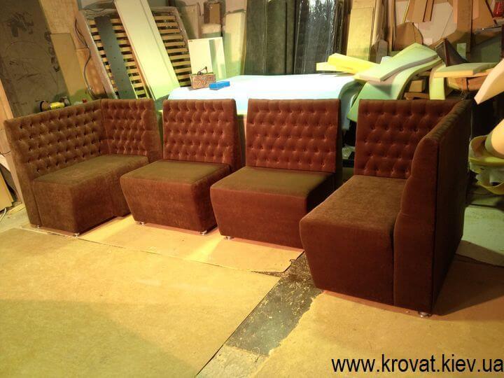 виробництво диванів для клубів