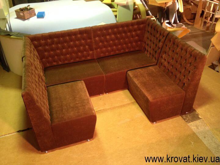п образный диван в кафе на заказ