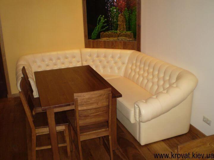 диван з каретною стяжкою