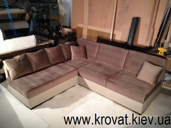 виробник диванів в Києві