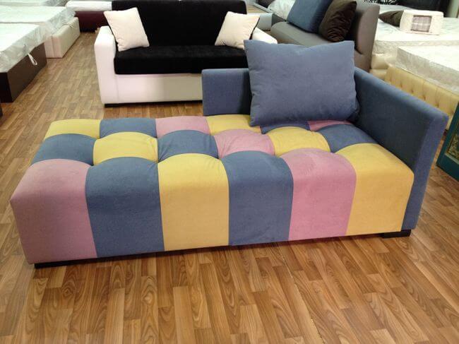 молодіжний диван