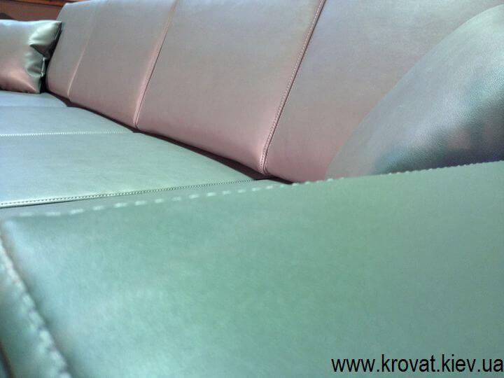 угловой диван в кожзаме на заказ