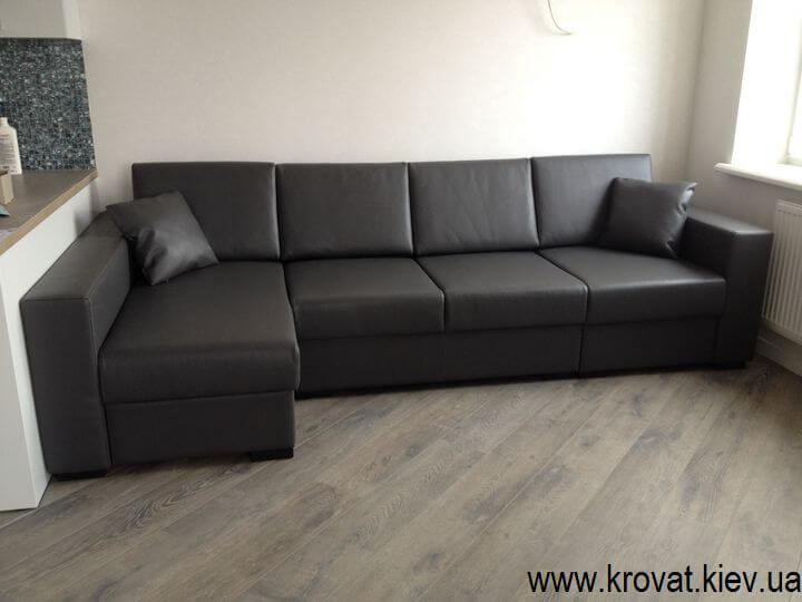 кутовий диван в інтер'єрі