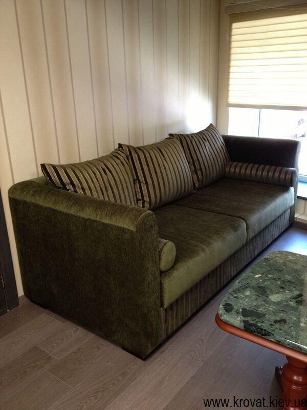 прямой диван в кабинет