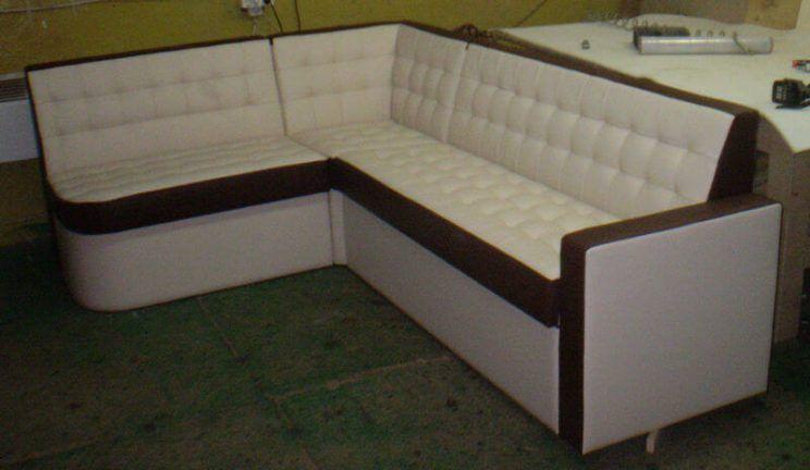 изготовление диванов для кафе на заказ в Киеве