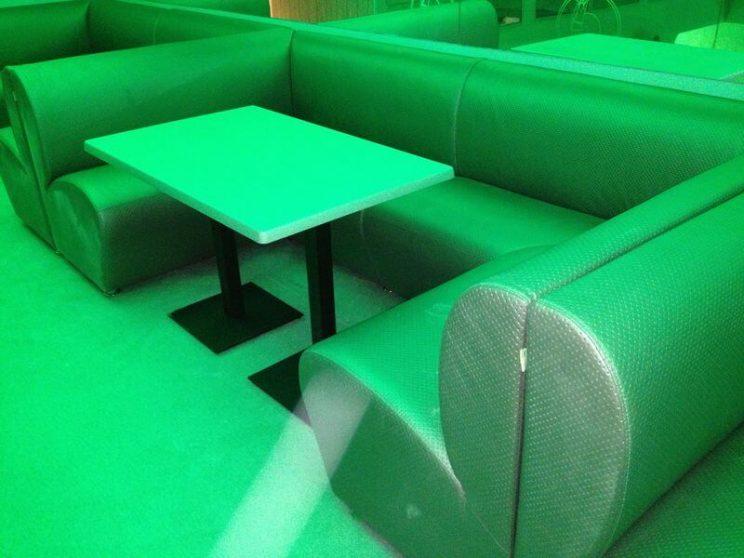 удобные диваны в клуб