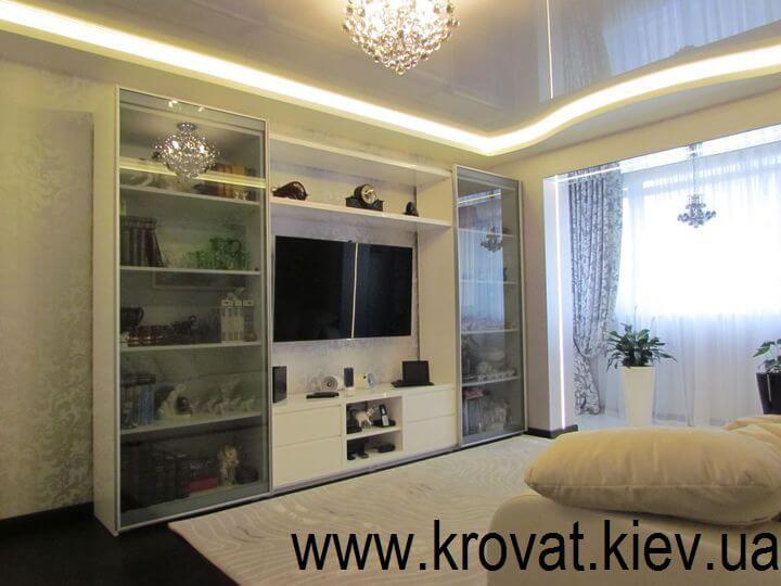 белая стенка в интерьере гостиной на заказ