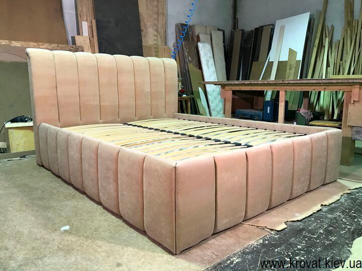 фабрика кроватей с мягким изголовьем