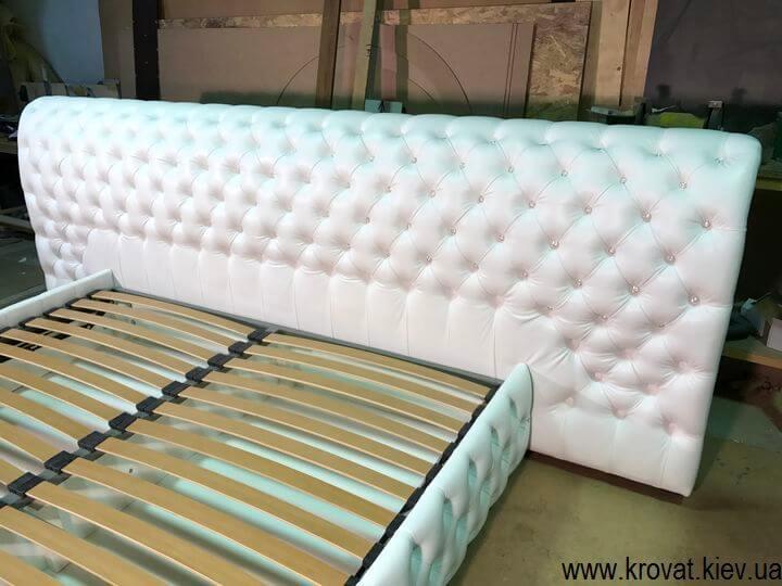 изготовление широких кроватей по фото