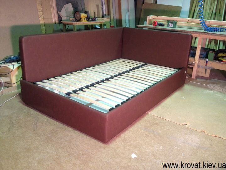 изготовление кроватей с двумя спинками по фото