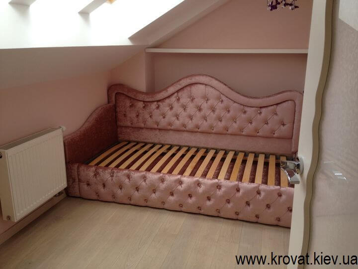 дитяче ліжко в інтер'єрі