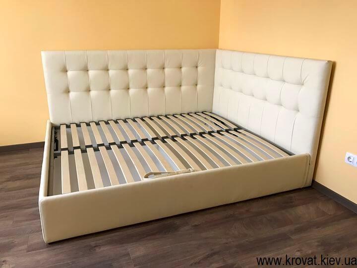 угловые кровати с мягкими изголовьями