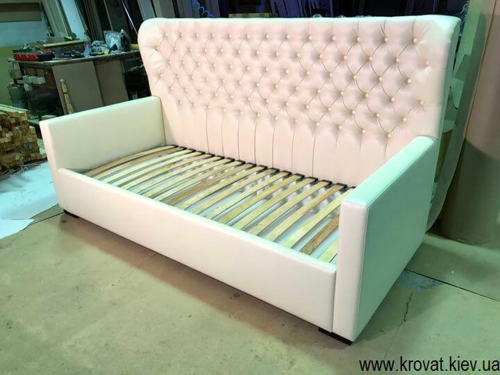диван-кровати с нишами