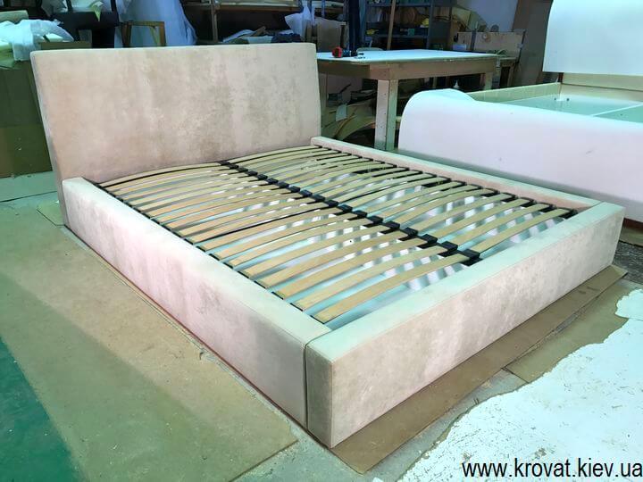 двуспальные кровати с нишами