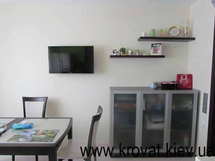 кухня в зеленом цвете на заказ