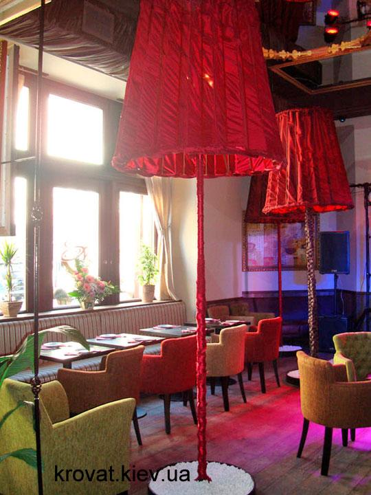 мебель в интерьере кафе во львове