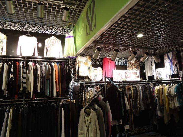 стеновые панели для магазина одежды