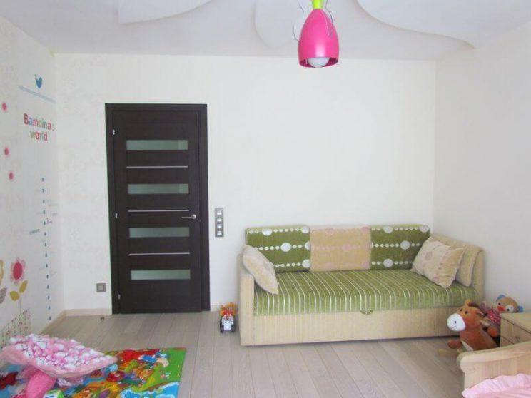 диван в дитячу кімнату