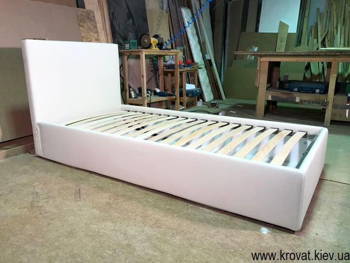 односпальные мягкие кровати