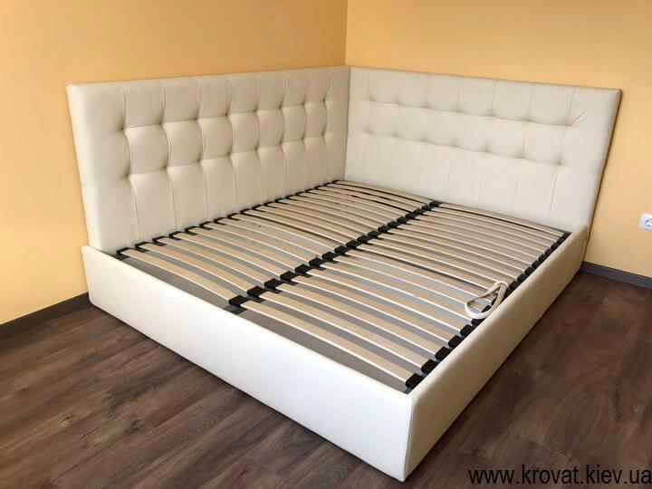 мягкие угловые кровати