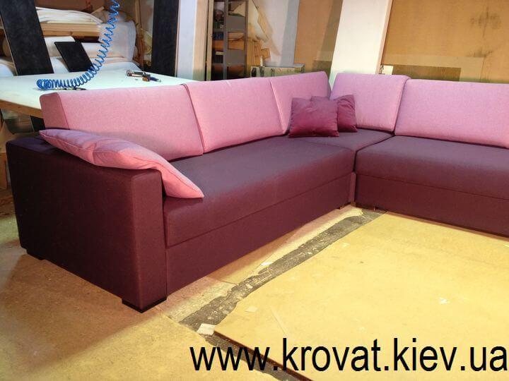 м'який кутовий диван фабрики