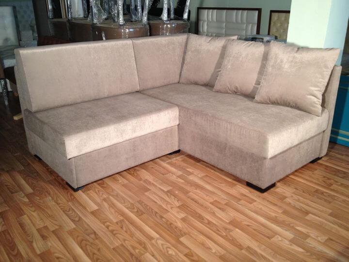 сучасний диван на замовлення