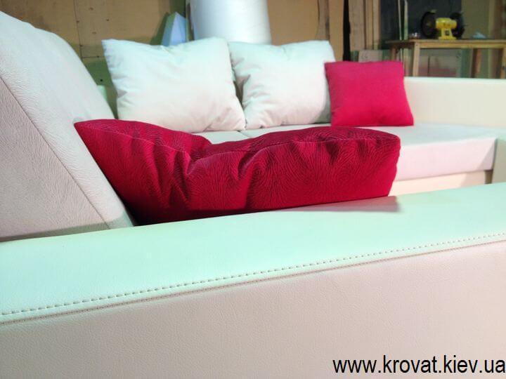 угловой нестандартный диван на заказ