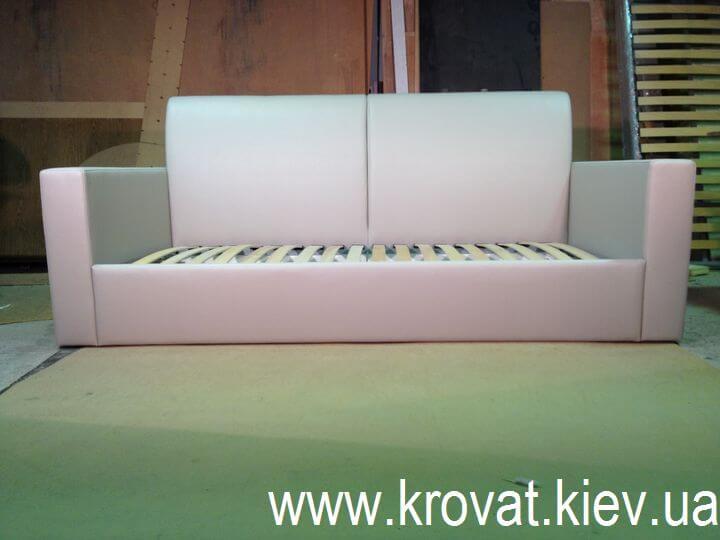 диван-кровать с ортопедическим матрасом
