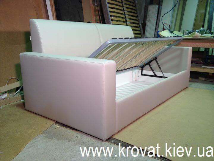 диван-ліжко з підйомним механізмом