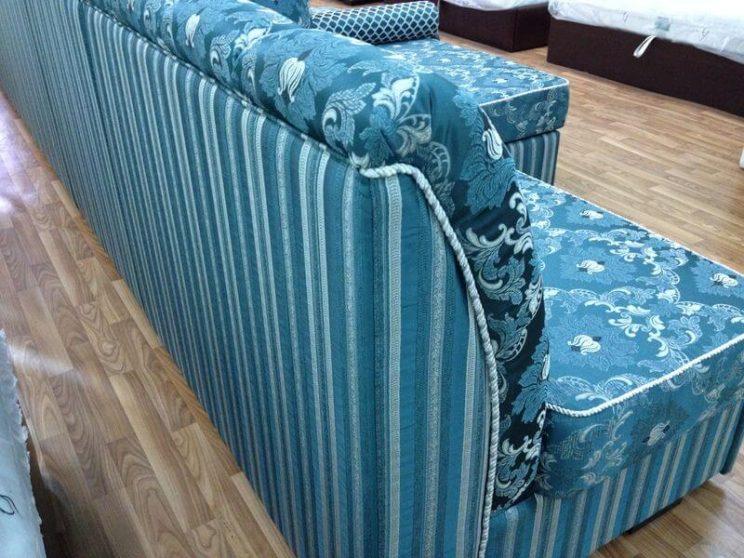 п образний диван