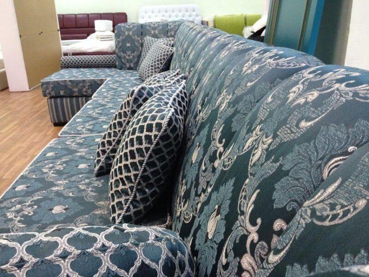 п-образний диван