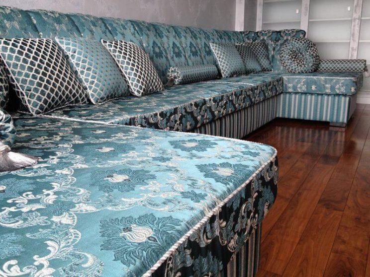 П образні дивани