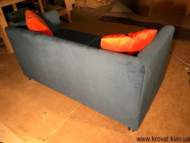 производство диванов для ресторана на заказ