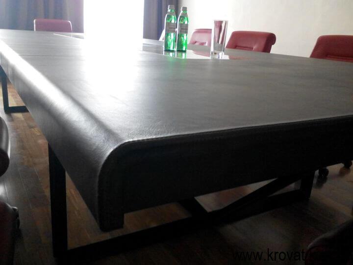 стол из кожи на заказ