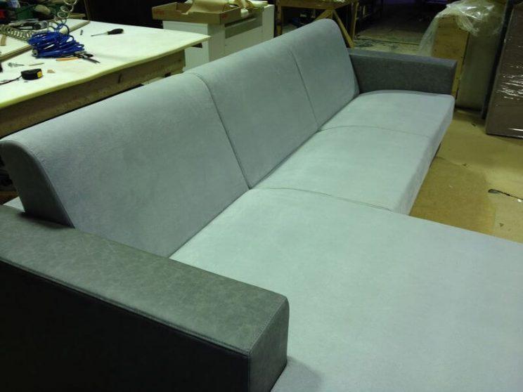 виробництво розкладних диванів