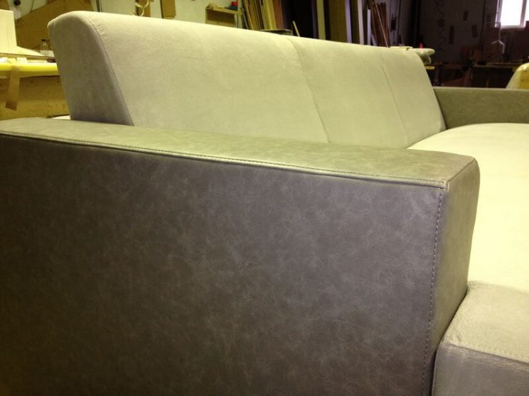диван с натуральной кожей
