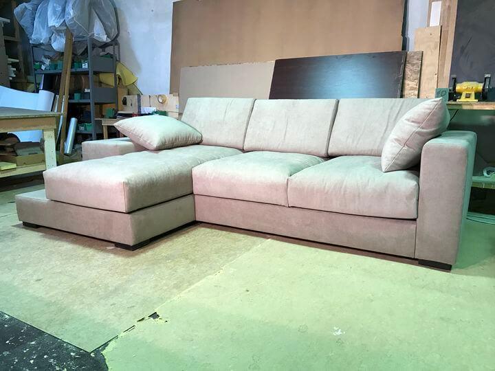 выбор хорошего мягкого дивана