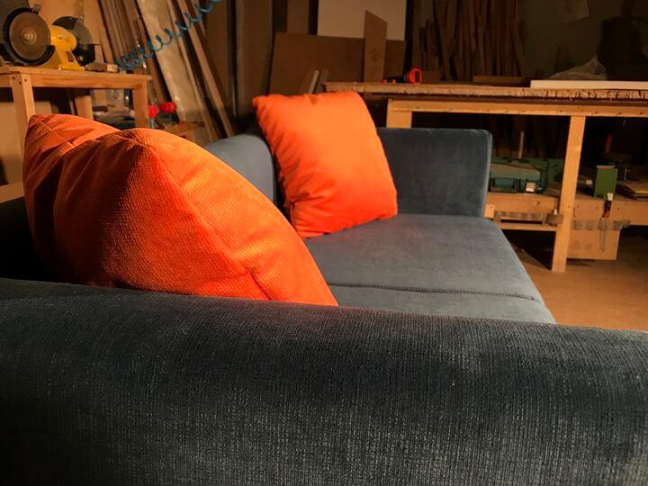 изготовление диванчиков для кафе