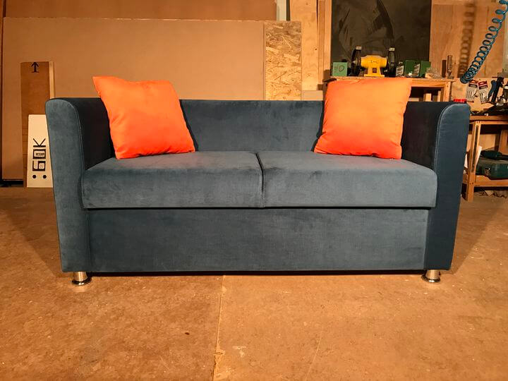 диванчики для кафе с подушками